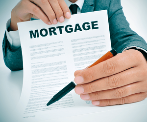 mortgage-mistakes-how-to-avoid-them-mortgage-contract-image.png