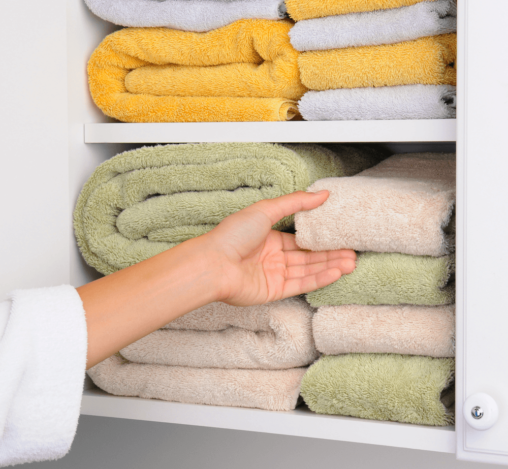 handy-hacks-more-storage-space-home-linen-closet.png