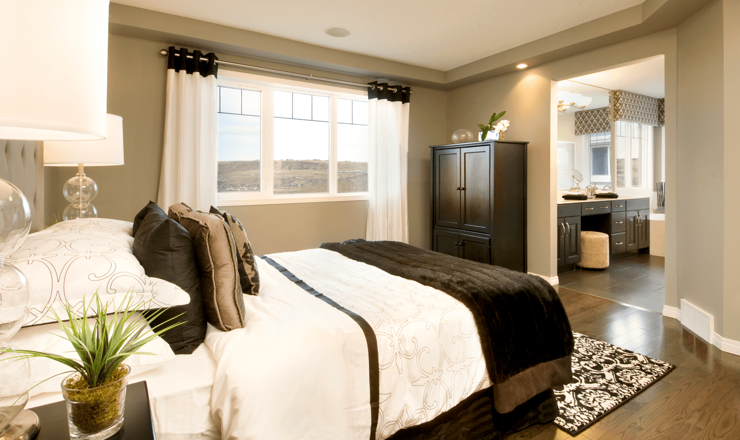 Classic Home Design Ideas That Never Go Out of Style: Master Bedroom Manchester Master image