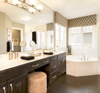 Classic Home Design Ideas That Never Go Out of Style: Bathrooms Manchester Ensuite image
