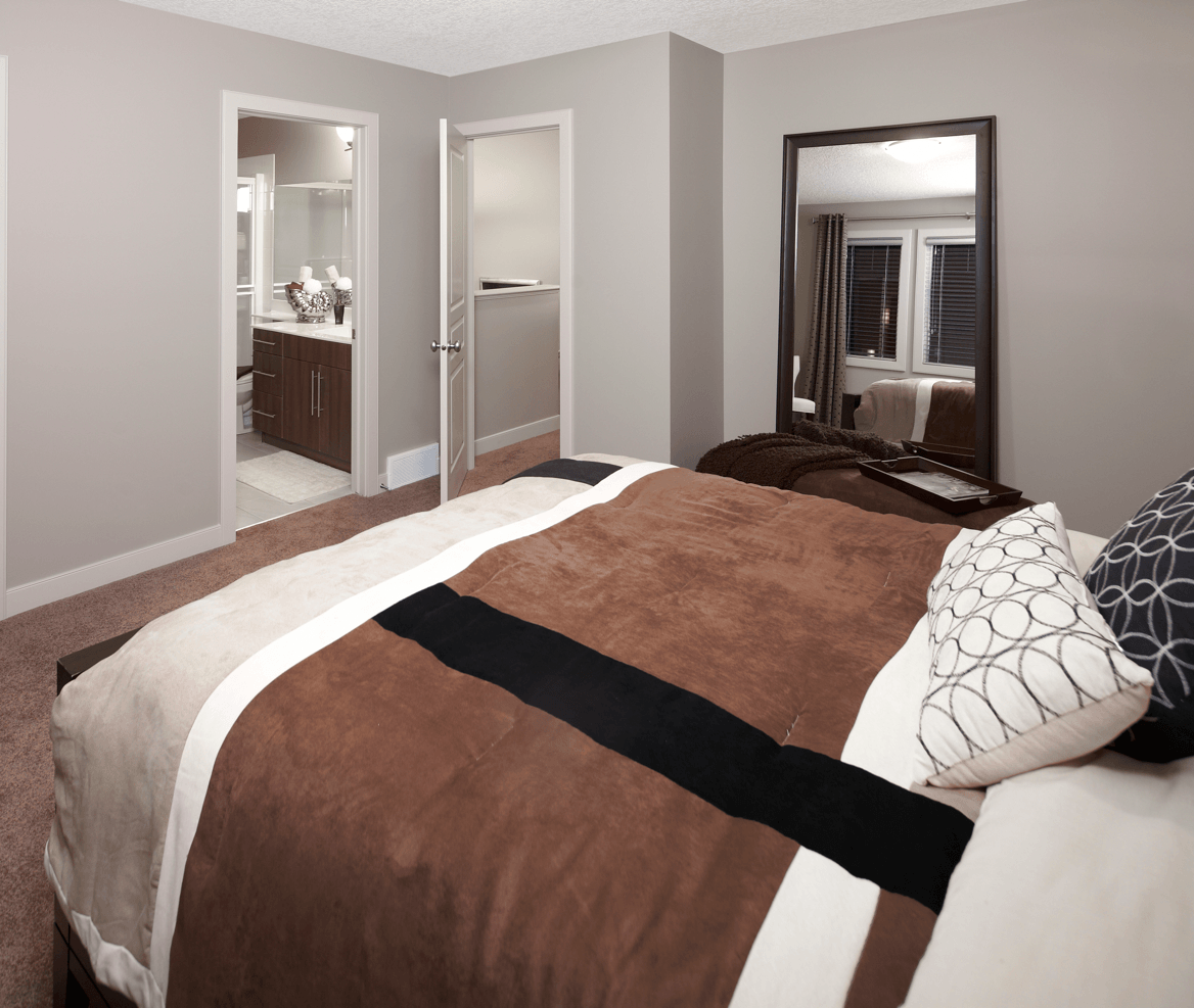 Classic Design Ideas That Never Go Out of Style Bedroom Image