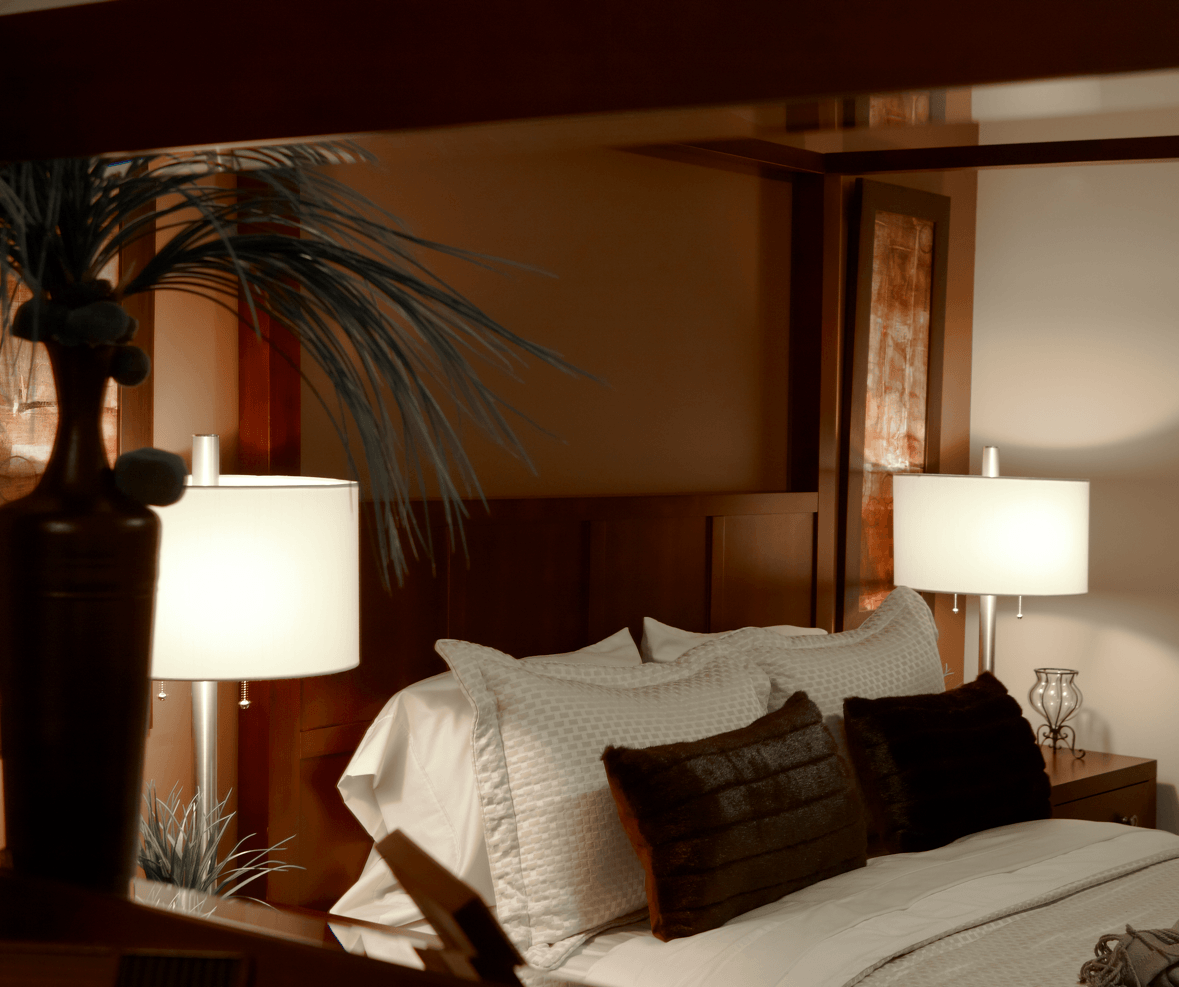 Classic Design Ideas That Never Go Out of Style Guestroom Image