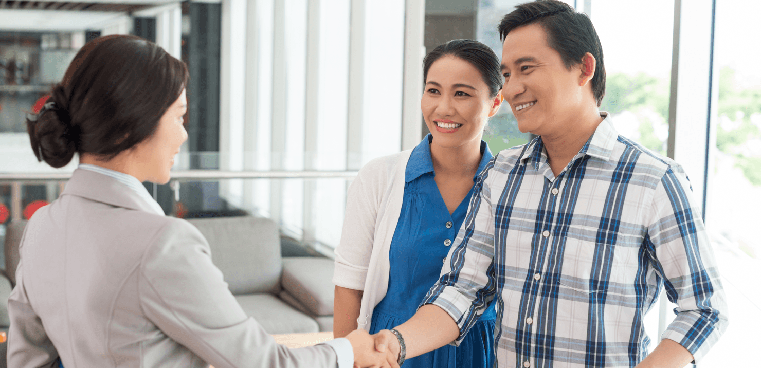 The Benefits of Letting Your Builder Lead You to a Lender Handshake Featured Image