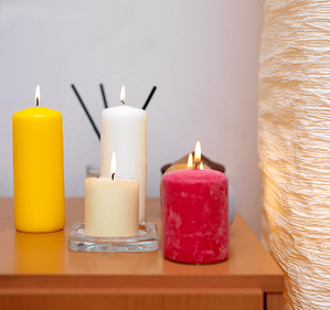 10 Ways to Make Your Home Feel Friendly Candles Image