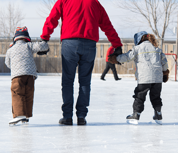 Winter Activities to Do With the Kids Skating Image
