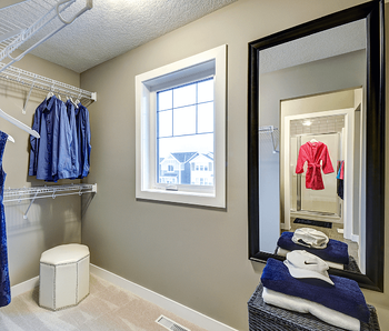 Making the Most of the Space in Your Walk-In Closet Baskets Image